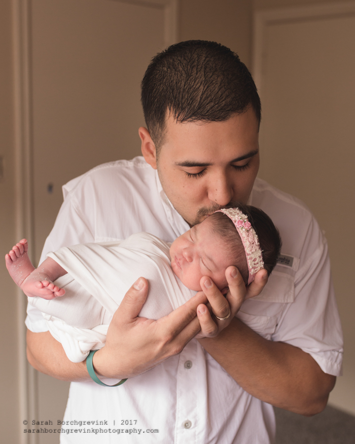 North Houston, Tomball, Cypress & The Woodlands TX Newborn & Family Photographer