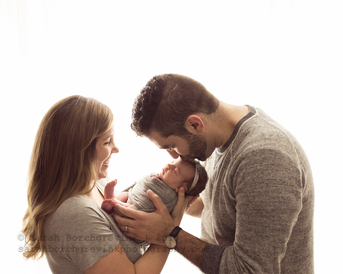 Houston newborn photography including family parent posing my style