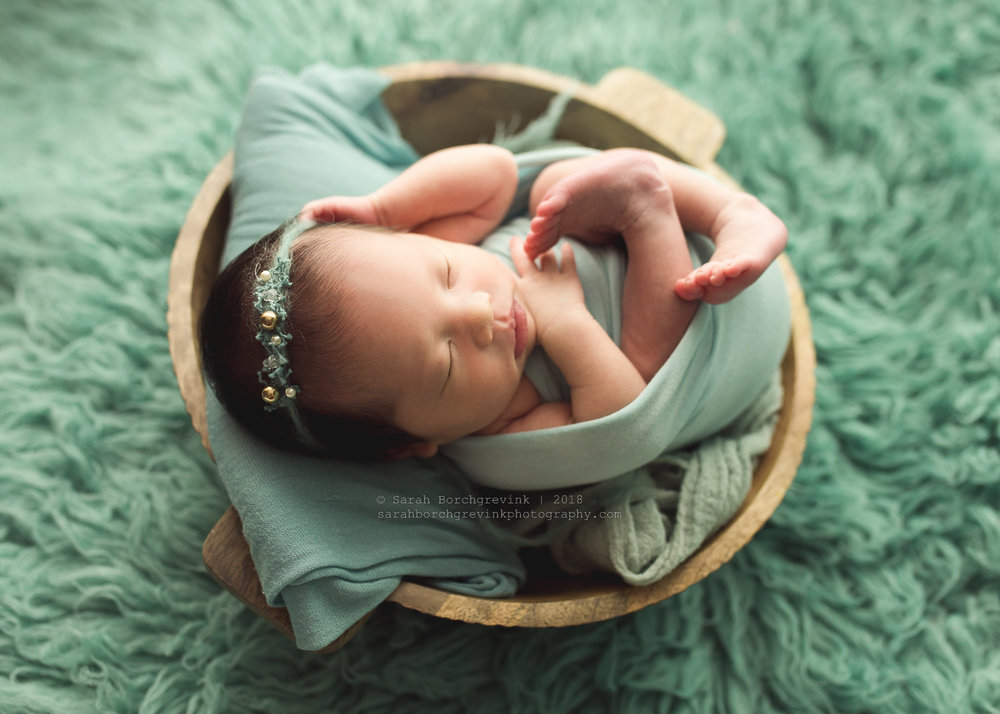 best time to schedule a newborn photography session