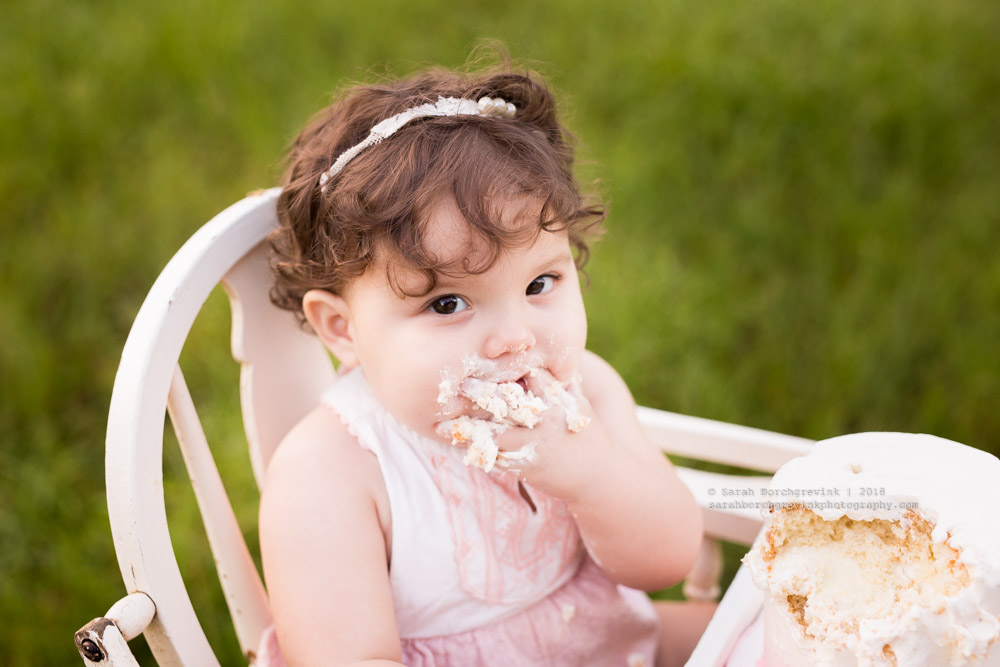 21eddcb439cd Home Girl Hailey Means Business | Best Cake Smash Smack Down
