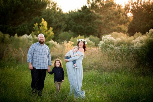 family maternity photos in houston