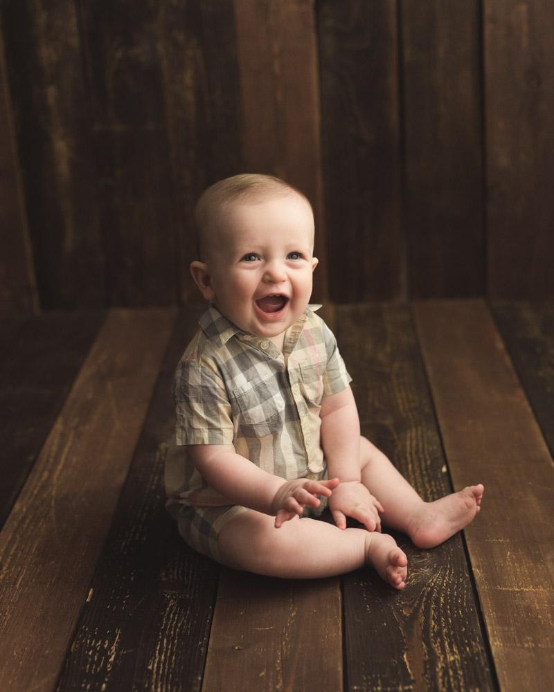 baby milestone boy photo shoot