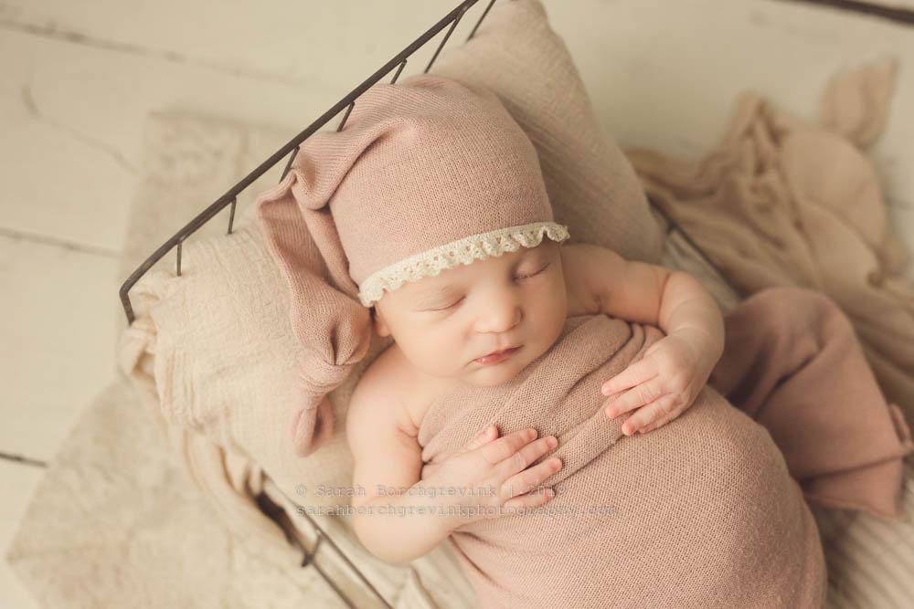 sleepy cap mauve baby girl prop