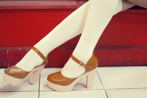 vintage-shoes-claradevi-blogger.png