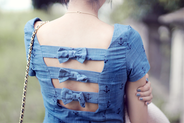 cutout_dress_back.png