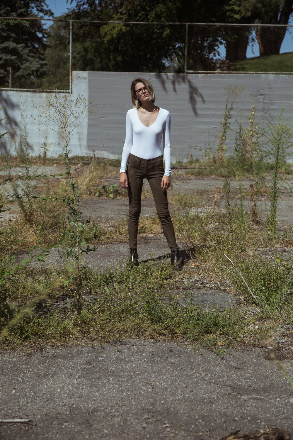 Top: ATM 'V Neck Bodysuit', White  Pants: rag & bone 'Suede Legging', Loden  Boots: rag & bone 'Walker Boot', Black