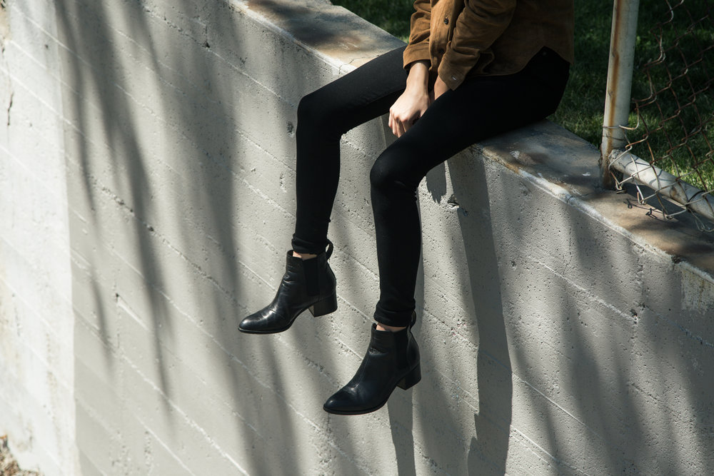Top: FRAME 'Featherweight Suede Shirt', Camel  Pants: Citizens of Humanity 'Rocket High Rise Skinny', All Black   Boots: rag & bone 'Walker Boot', Black