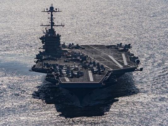 (Photo: Mass Communication Specialist 3rd Class J. M. Tolbert/Navy)