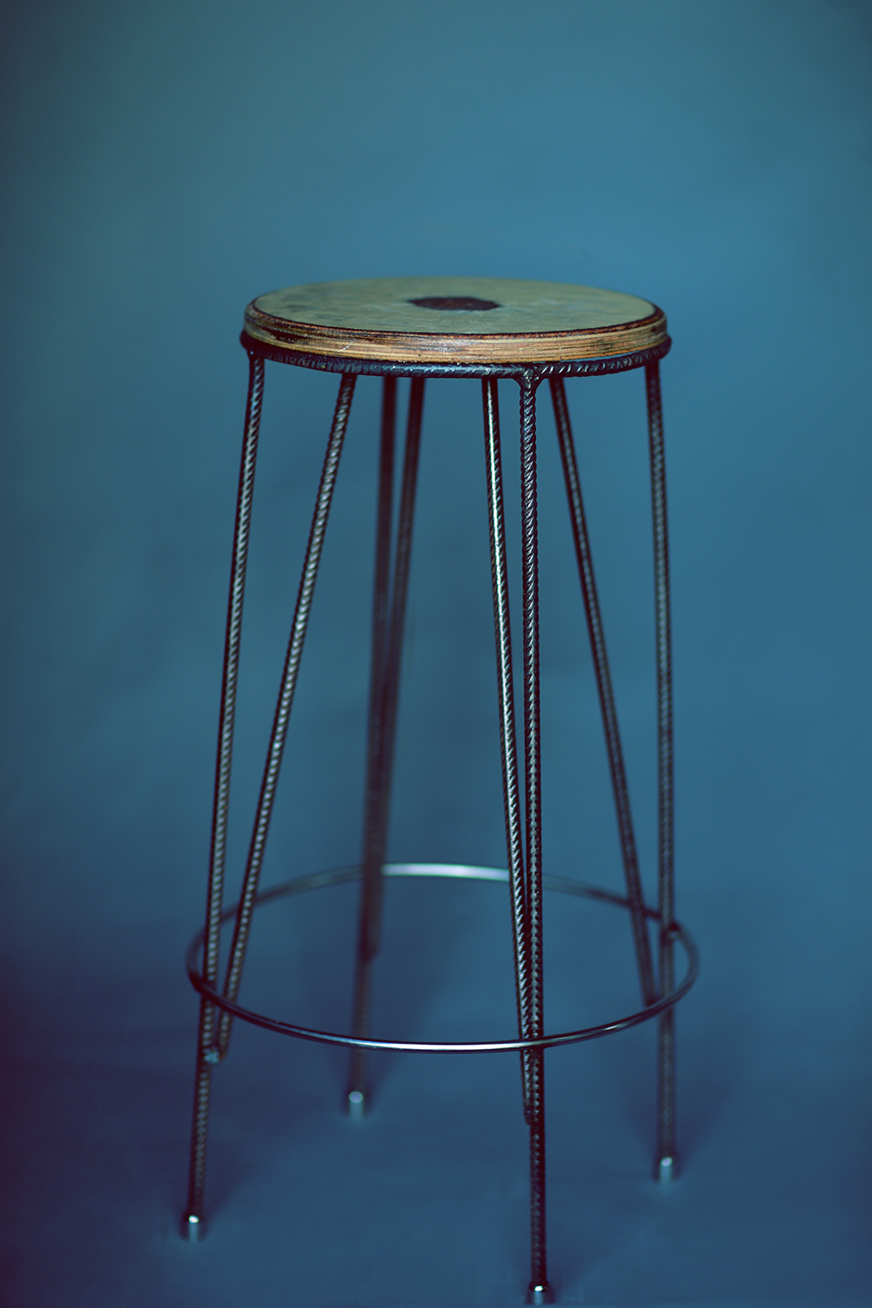 Posing Stool for photographers