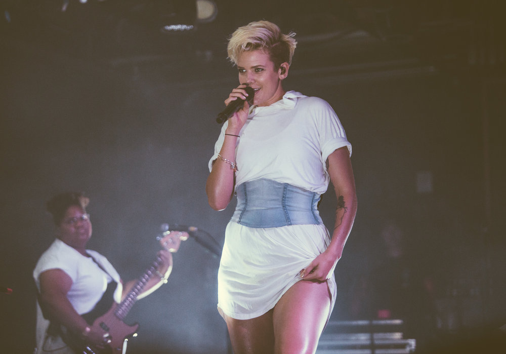 Betty Who performs in concert at Saturn Birmingham in Birmingham, Alabama on August 22nd, 2017. (Photo by David A. Smith/DSmithScenes)