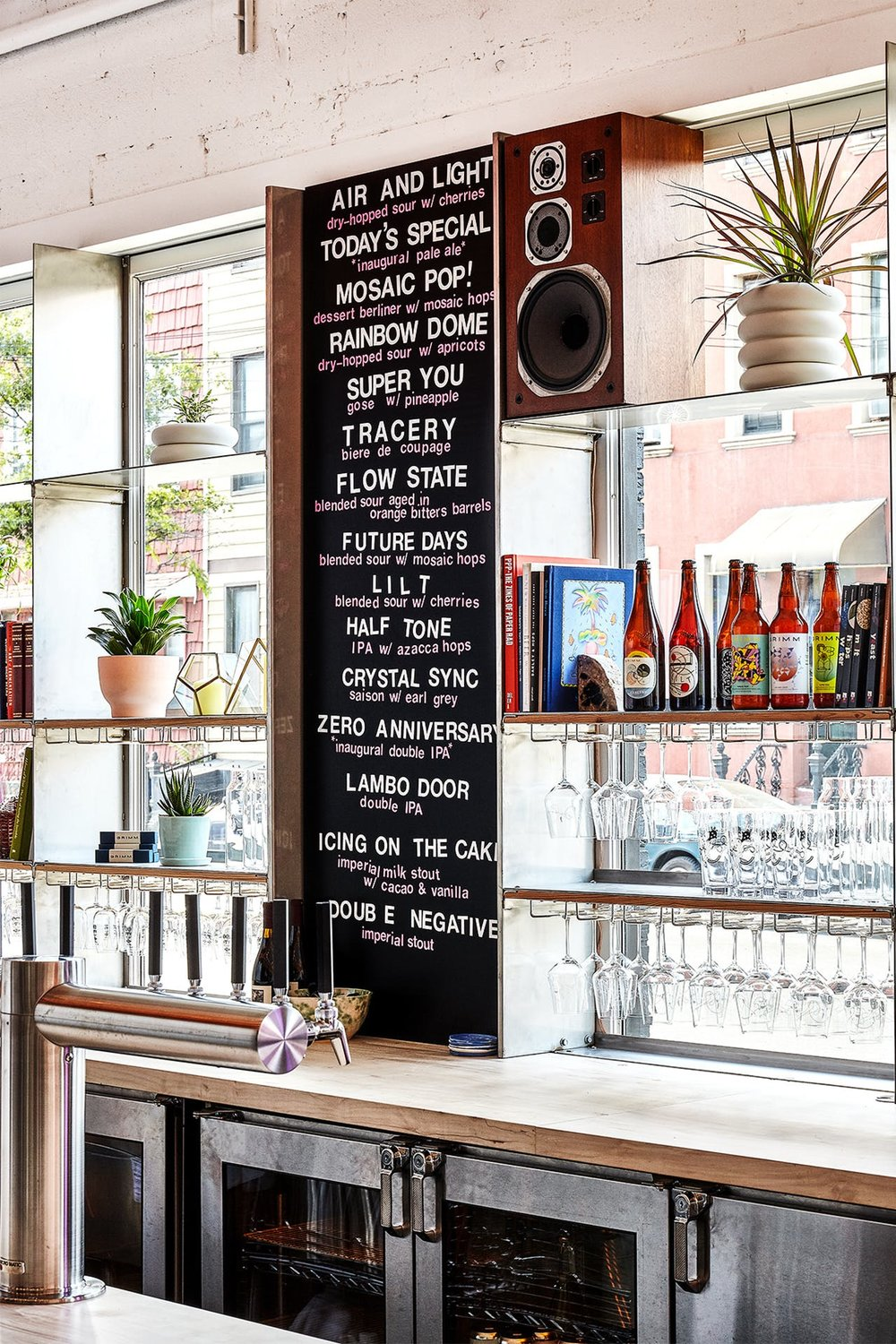Taproom-Taps-Shelves-List.jpg