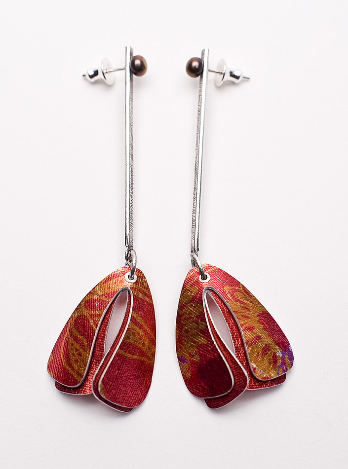 Lorraine-Gibby-jewellery-earrings-moth-aluminium-silver-pearl-colourful-mettle-studios.jpg