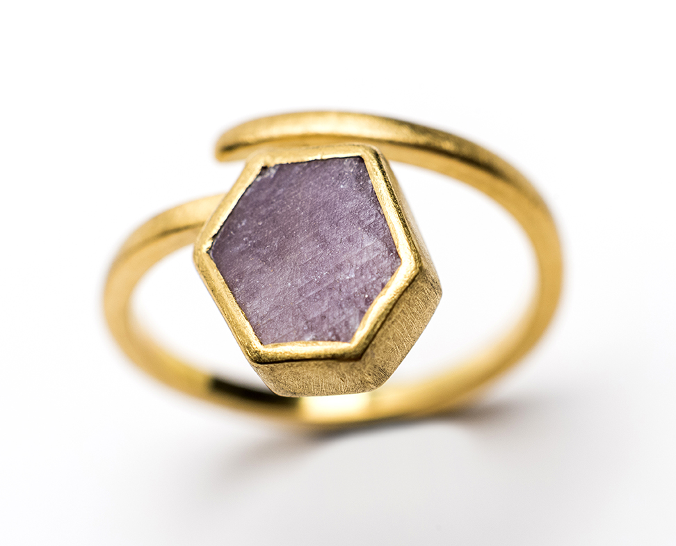 Lorraine-Gibby-jewellery-ring-18ct-gold-rough-ruby-mettle-studios.jpg