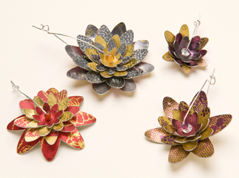 Lorraine-Gibby-jewellry-brooch-corsage-aluminium-lily-silver-mettle-studios.jpg