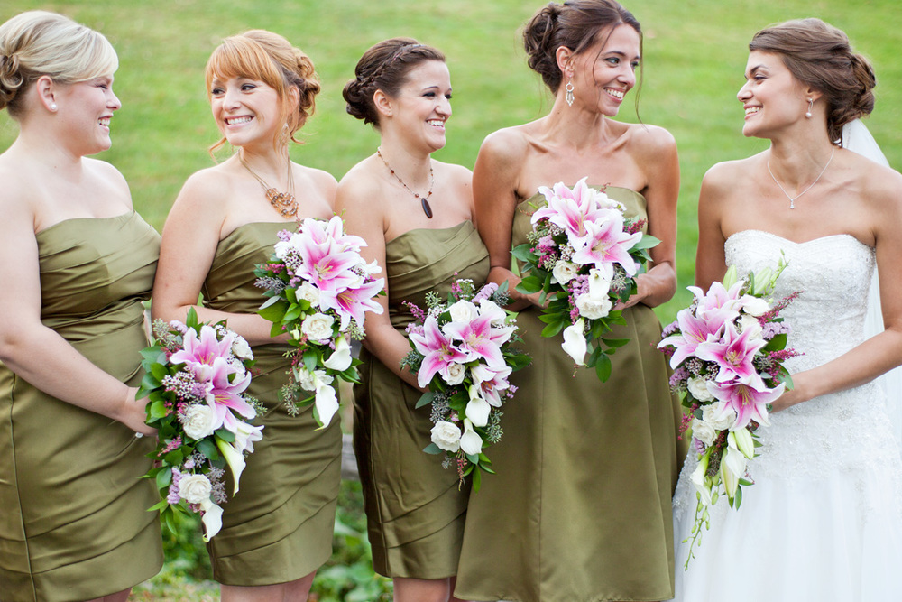 17-Wedding-Photography-York-PA-Ken-Bruggeman-Photography-Bride-Brides-Maids-Smiling-Laughing.jpg