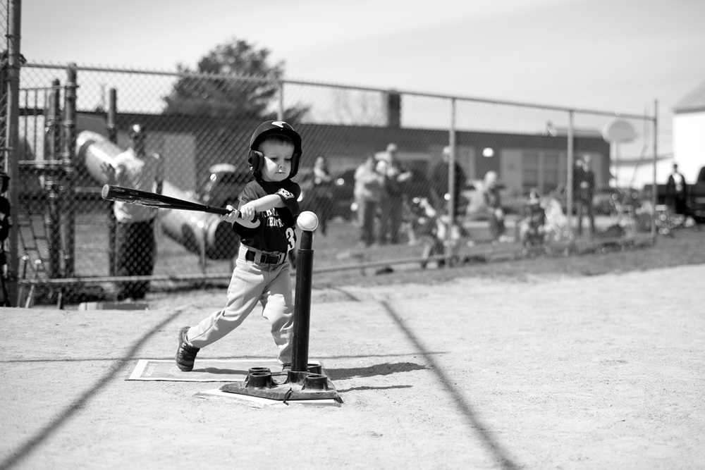 Ken-Bruggeman-Photography-York-PA-Young-Boy-Hitting-Baseball