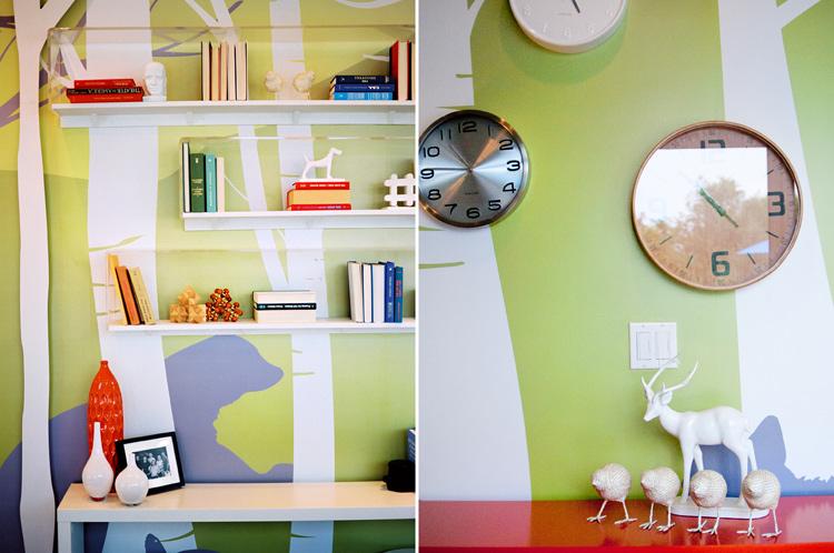 16-Extreme-Makeover-Livingroom-Clocks-Decorations-Ken-Bruggeman-Photography-Commerical-Photos-York-PA.jpg