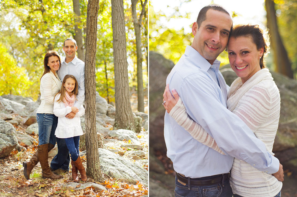 8-Hershock-Family-Autumn-Family-Portraits-Pretty-Family-Standing-Smiling-Ken-Bruggeman-Photography-York-PA.jpg