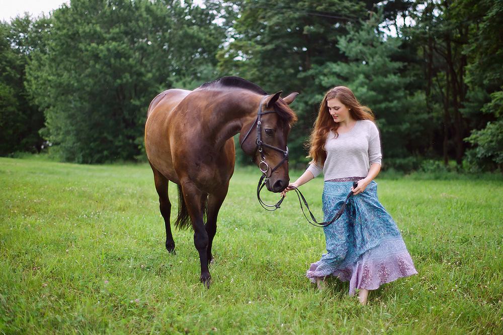 8-Senior_Portrait_Photography_York_PA_Ken_Bruggeman_Woman_Walking_Horse.jpg
