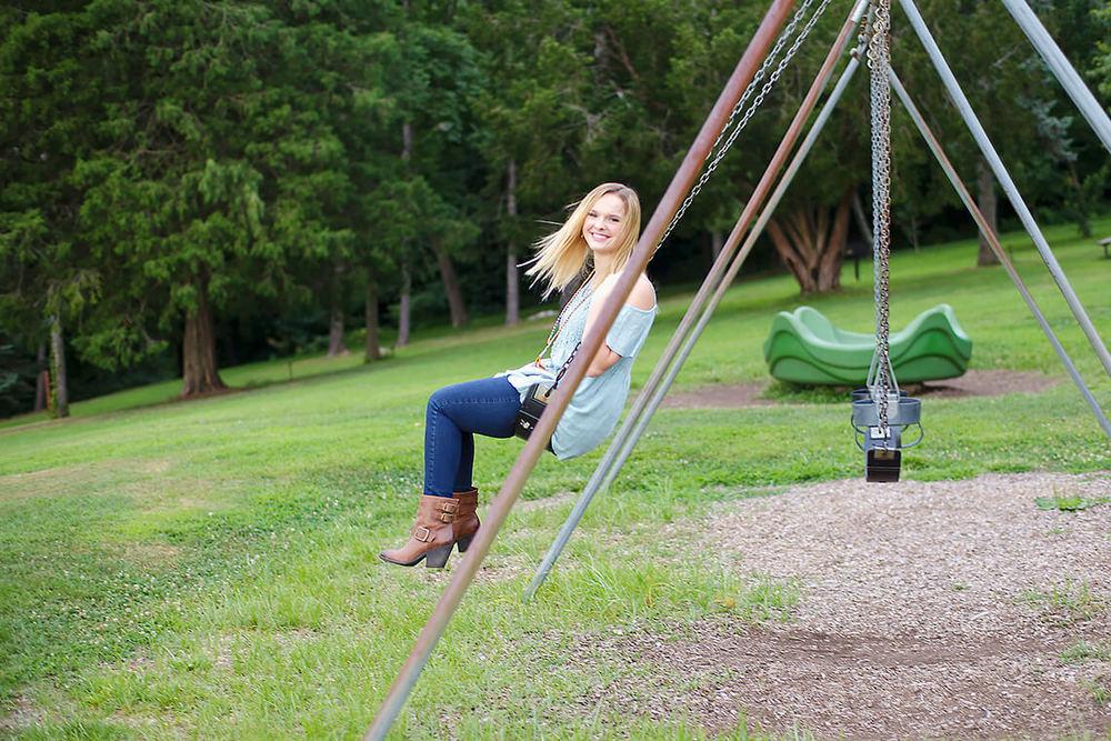 2-Ken-Bruggeman-Photography-Senior-Portraits-York-PA-Blonde-Girl-Smiling-Swinging-Swing.jpg