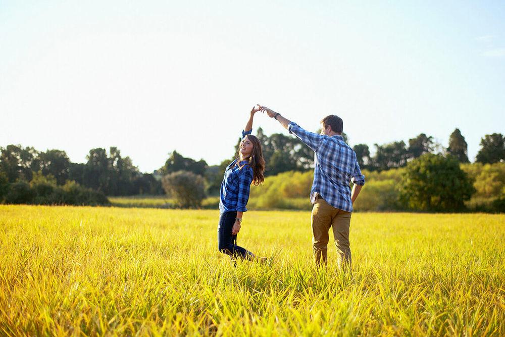 6-Ken-Bruggeman-Photography-York-PA-Engagement-Couple-Dancing-Field.jpg