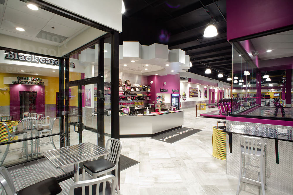 1-Planet-Fitness-Commercial-Photography-York-PA-Ken-Bruggeman-Front-Entrance-Glass-Doors-Lobby.jpg