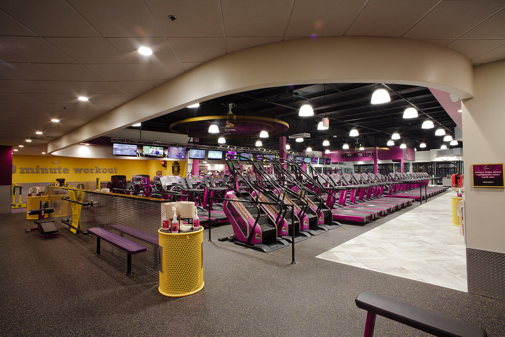 8-Planet-Fitness-Commercial-Photography-York-PA-Ken-Bruggeman-Curved-Architecture-Detail.jpg