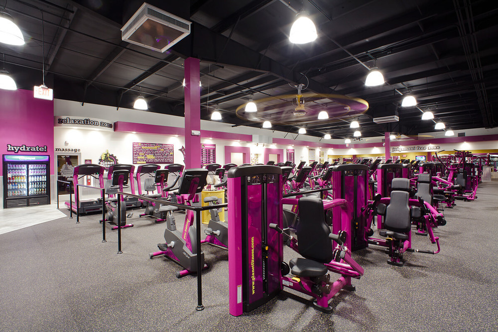 17-Planet-Fitness-Commercial-Photography-York-PA-Ken-Bruggeman-Weight-Machines-Angled-View.jpg