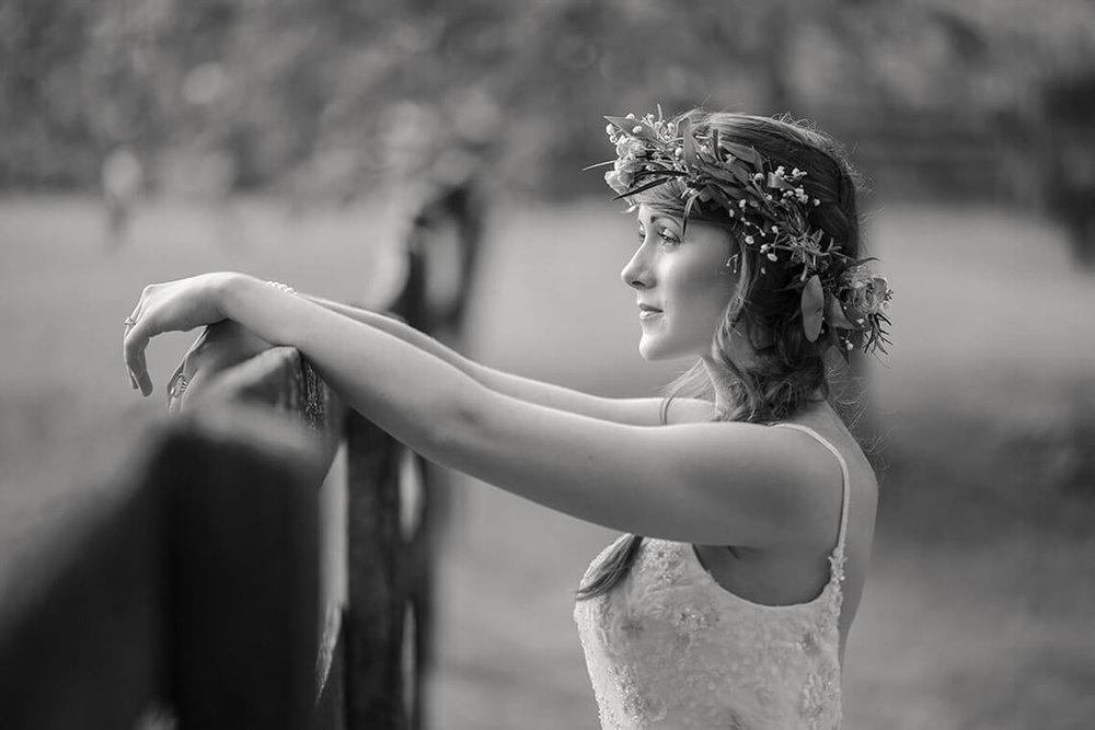 26-Wedding-Photographer-York-PA-Ken-Bruggeman-Beautiful-Bride-Resting-Farm-Fence.jpg
