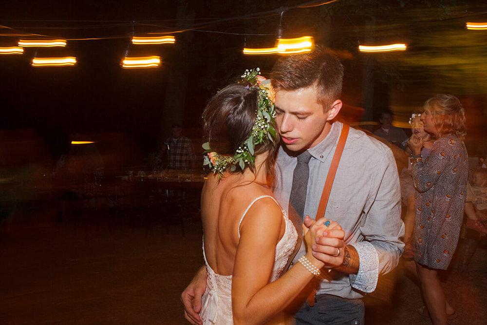 35-Wedding-Photographer-York-PA-Ken-Bruggeman-Reception-Bride-Groom-Dancing.jpg