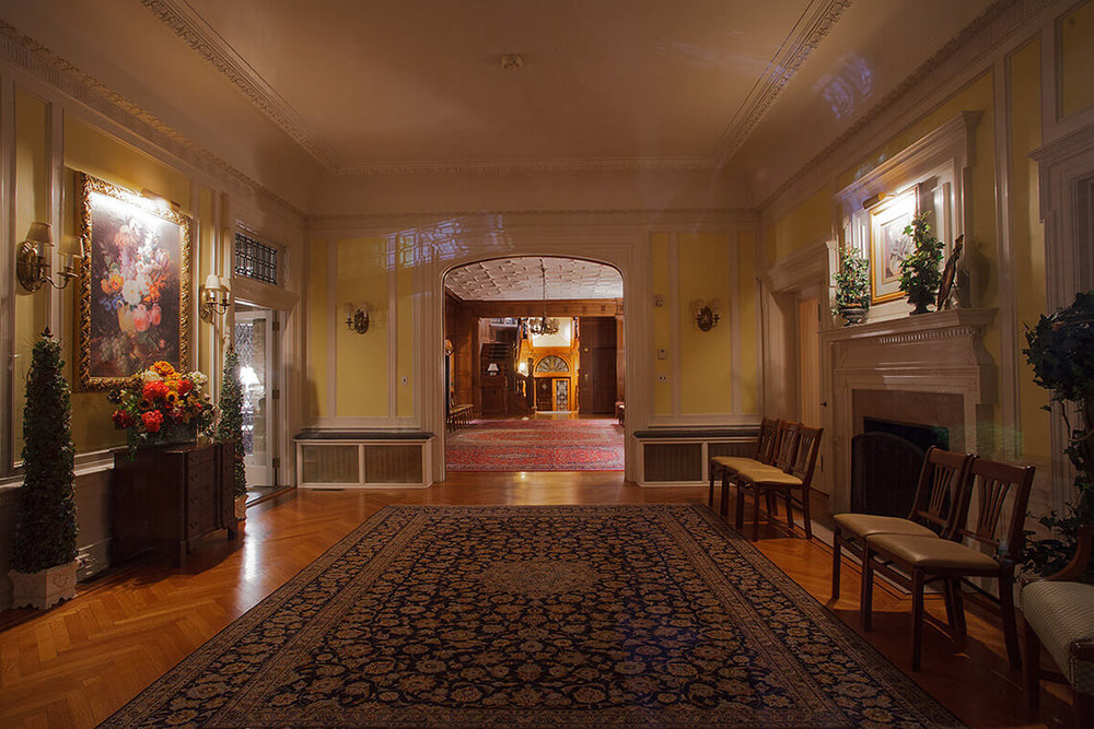 3-Commercial-Architectural-Photographer-York-PA-Ken-Bruggeman-Photography-Historic-Hahn-Home-George-St-Funeral-Home-Interior-Decorative-Parlor.jpg