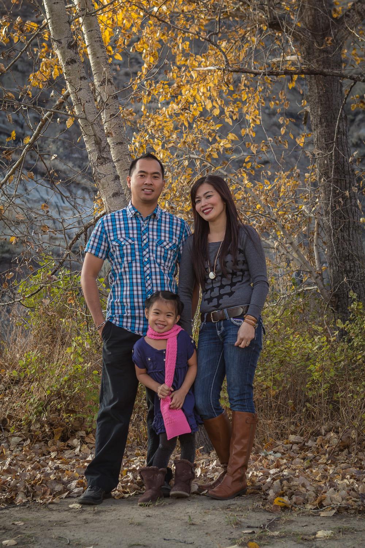 Mae Family-14.jpg
