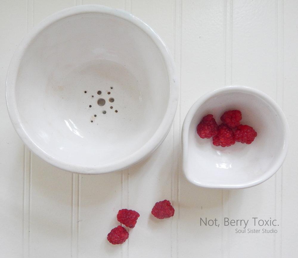 PotteryWhiteBerryBowlRaspberries.jpg