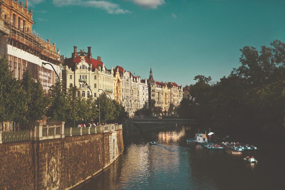 prague-river.jpg