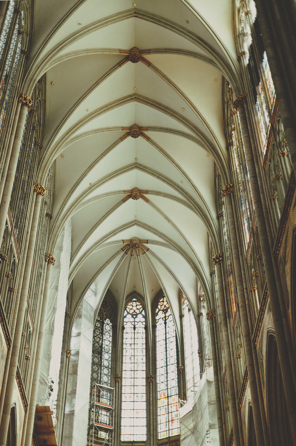 cologne-cathedral-nave.jpg