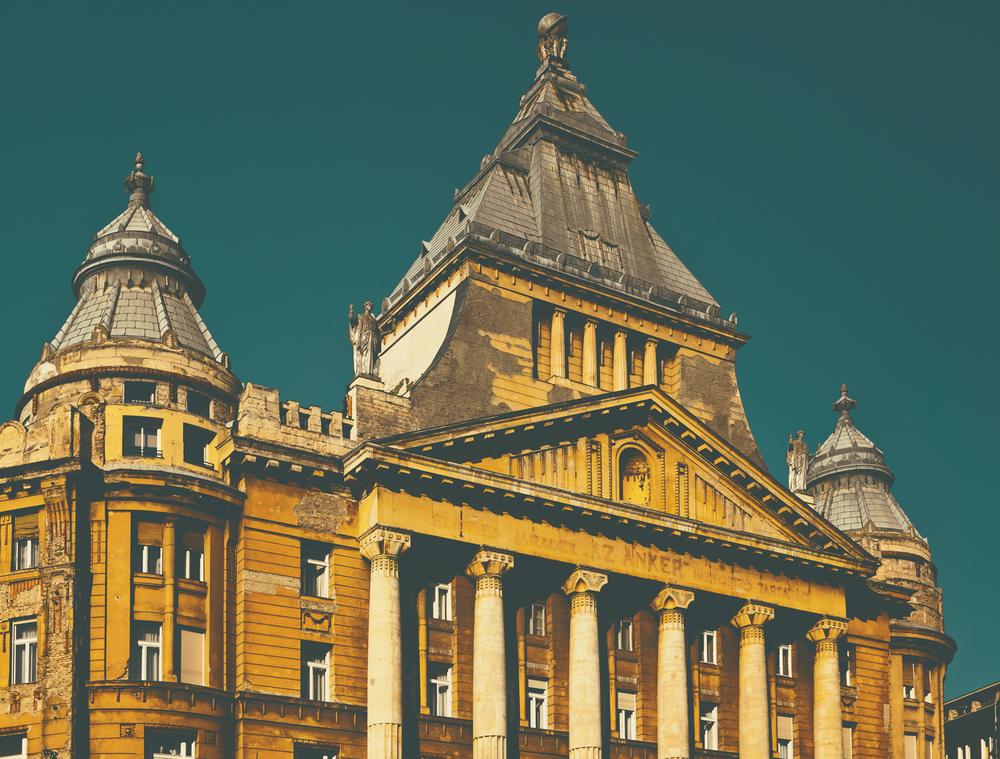 budapest-building.jpg