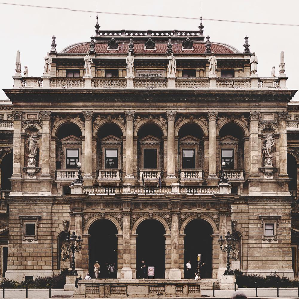 budapest-opera.jpg