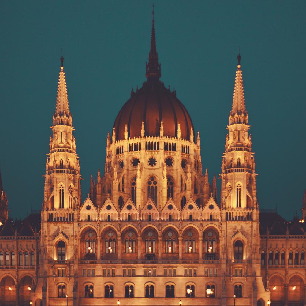 budapest-parliamentl.jpg
