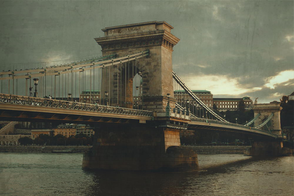 budapest-chain-bridge (1).jpg