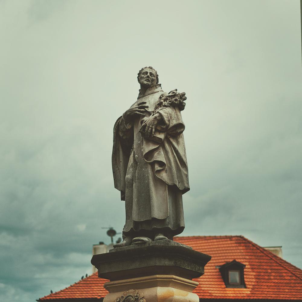 prague-statue.jpg
