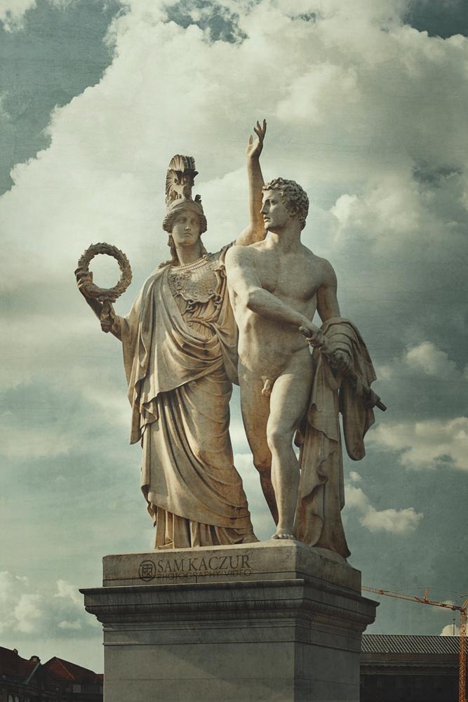 berlin-statue3.jpg