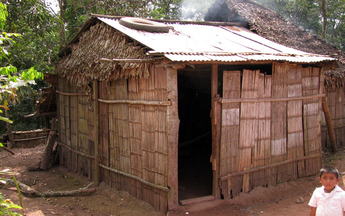 Low_income_bamboo_housing
