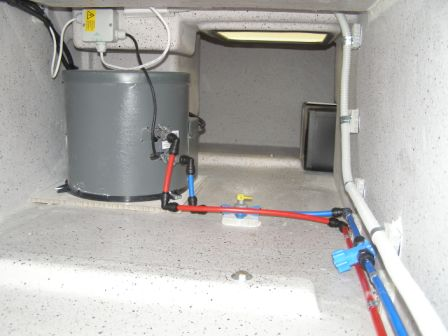 9. Gas-240 Volt Hot water & plumbing.JPG