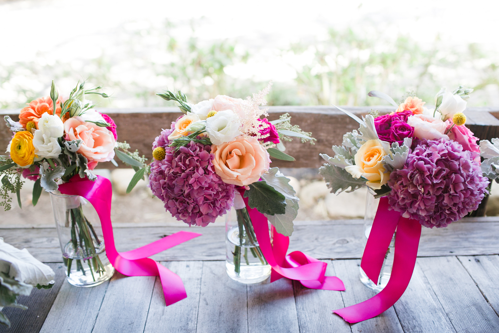colorfulbridesmaidsbouquets.jpg