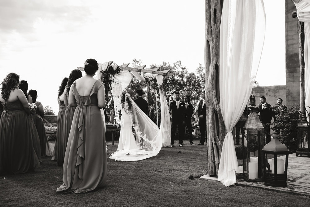 v_a_wedding_bw-23.jpg