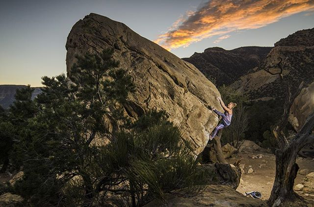 Photo by @threepeakfilms - @margojain doing a little sunset climbing in Joe's Valley 😀