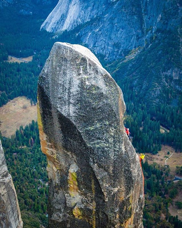 Photo by @cheynelempe // @sashadigiulian and @kjorgeson ascend the very prominent and beautiful, Lost Arrow Spire, Yosemite National Park, CA - support and friends: @digital_stoke @drewsplan @adidasoutdoor