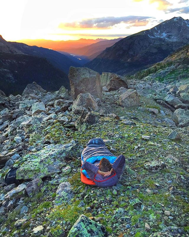 Photo by @dreamaliveproductions - Connor Griffith (@thecorndog88) enjoys a sunset around the Indian Peak Wilderness, CO. Would you bivy solo?