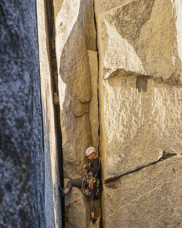 Photo by @meganjoanmackphotography - @tammy_pickles cruises through the beautiful, La Cosita Left, El Capitan, Yosemite National Park.
