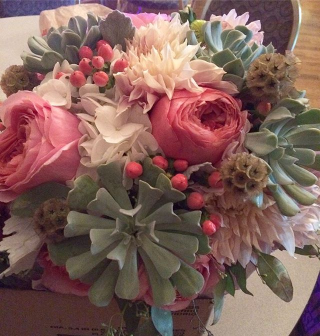 Oh my goodness, what fun it was to play with these flowers for a wonderful bride! #dahlia #gardenrose #succulents #cafeaulait #coloradowedding #theloftmusicvenue